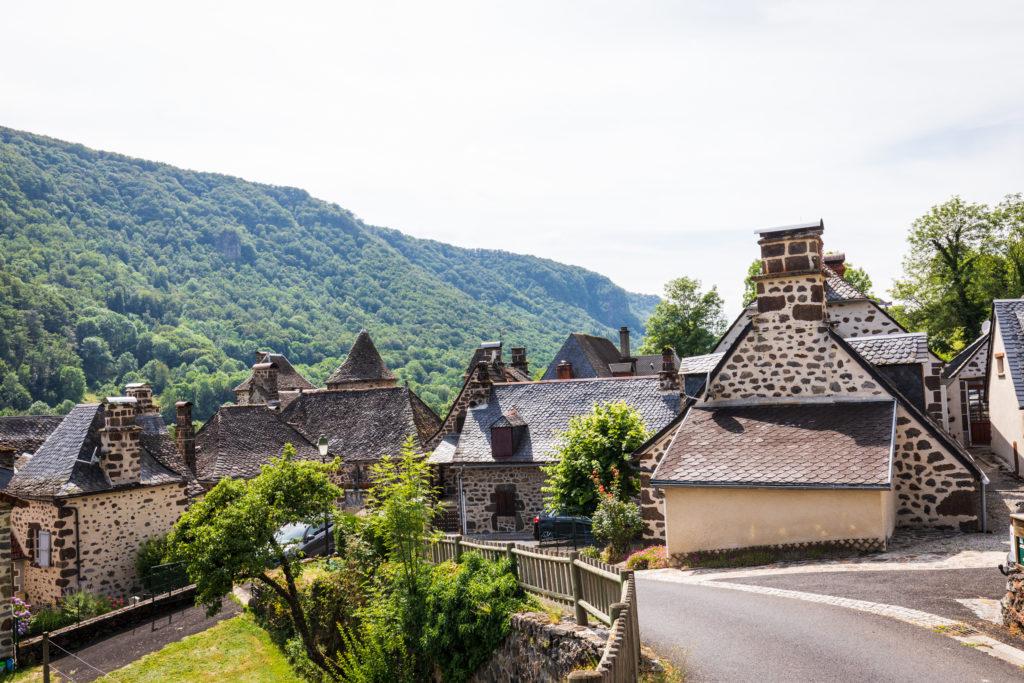 Vue sur Saint-Vincent-de-Salers